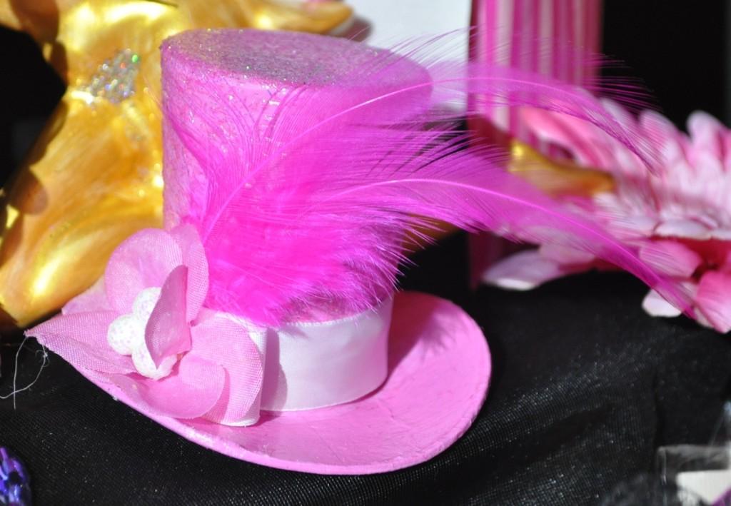 top-pink-hat
